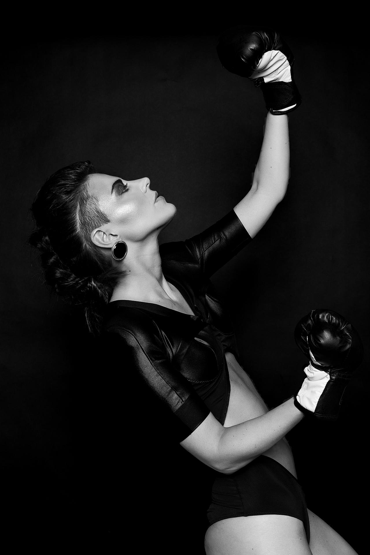 Model boxing